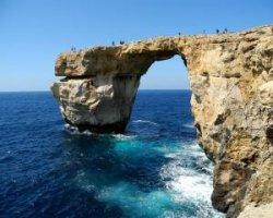 Красивая и опасная Голубая дыра в Египте